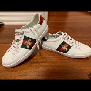 Gucci Bee Style Shoes